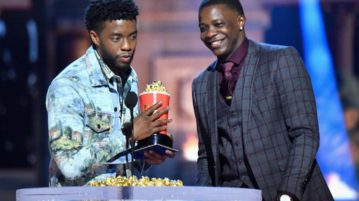 Chadwick Boseman Gives 'Black Panther' MTV Best Hero Award to Waffle House Hero