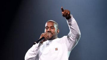 Kanye West Shades Blac Chyna, Tristan Thompson in One Bar