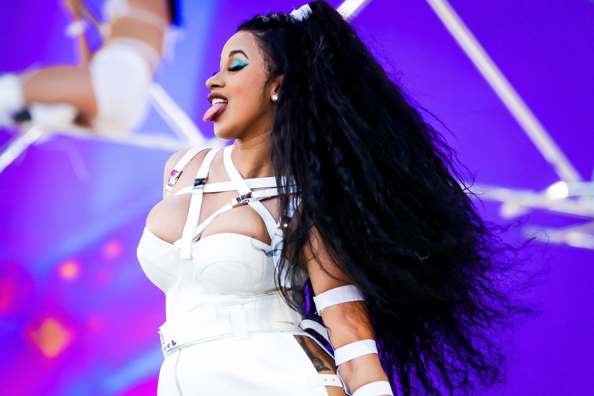 Cardi B is Reportedly Requesting $300K a Show After Birth of Kulture