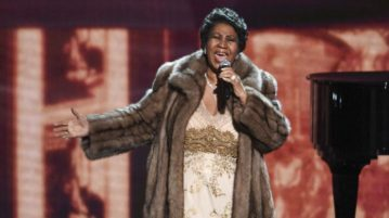 PETA Requests Aretha Franklin's Estate to Donate her Fur Coats