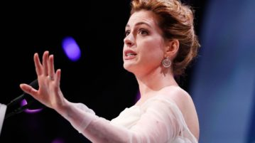 Anne Hathaway Supports LBGTQ Community at Human Rights Campaign National Dinner