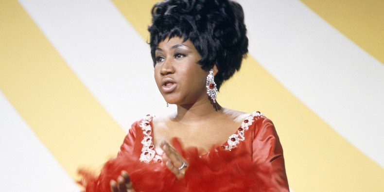 Aretha Franklin To Be Honored At American Music Awards By A Few Surprise Guest'