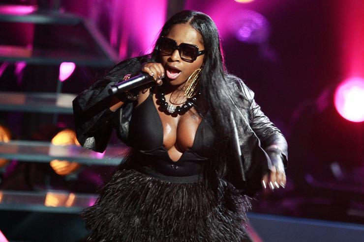 Foxy Brown Seemingly Responds To Lil Kim Calling Nicki Minaj Out For Verzuz