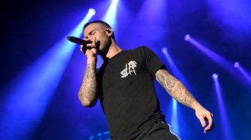 Thousands Petition for Maroon 5 to Cancel Super Bowl Halftime Performance