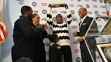 Tracy Morgan is Gifted With Key to Brooklyn
