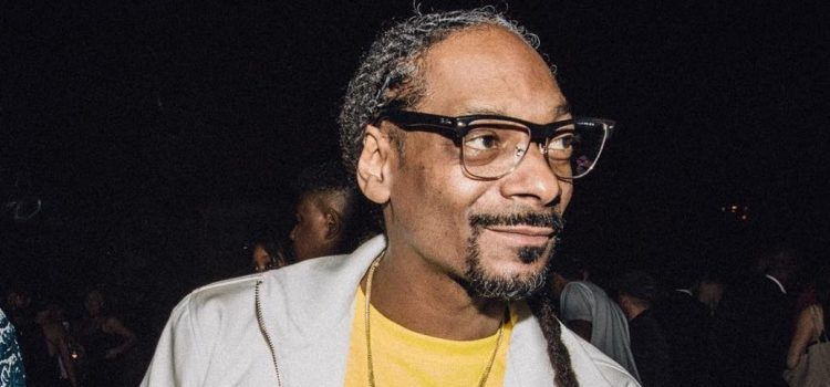 Fans React to Snoop Dogg in the Studio With Kanye West and Dr. Dre