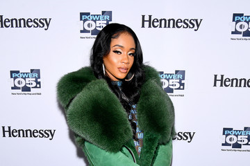 Saweetie Talks 'My Type' Remixes + Mini Hand Bag Trend