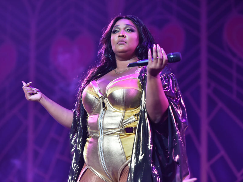 Lizzo Steals the Show at Lakers Game With Revealing Outfit, Shoots Shot at Karl Anthony-Towns