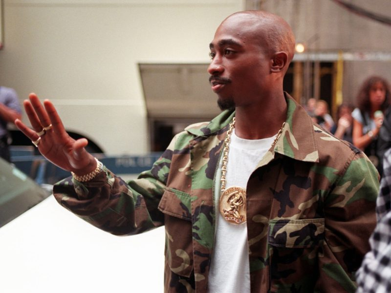 Tupac's Bandanas to be Auctioned for Up to $4K