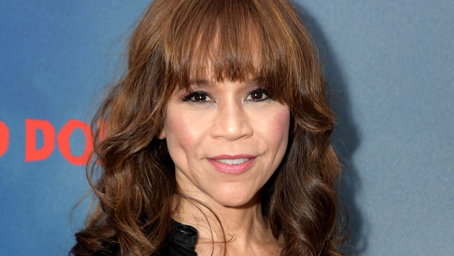 Rosie Perez Details Her Experience With COVID-19 Last Year